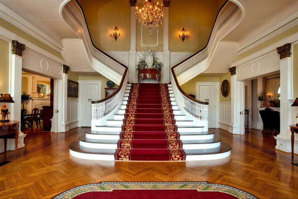 welcoming - staircase