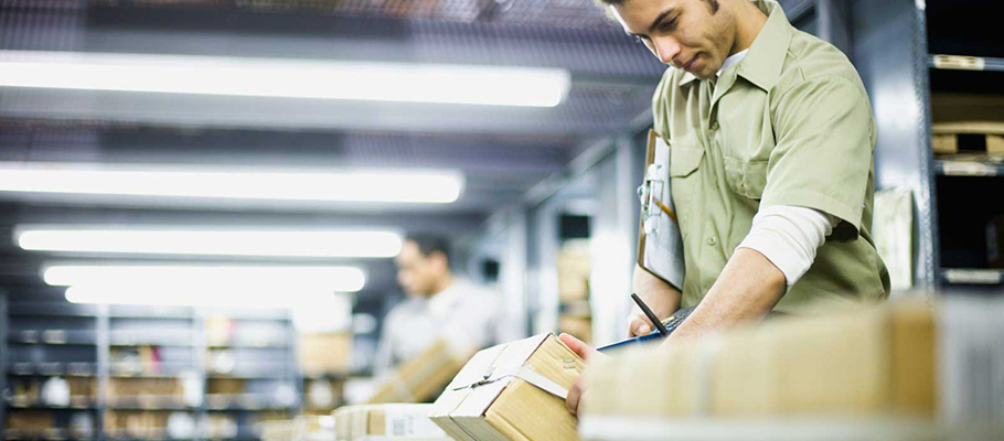 Pros and cons of drop shipping - boxes